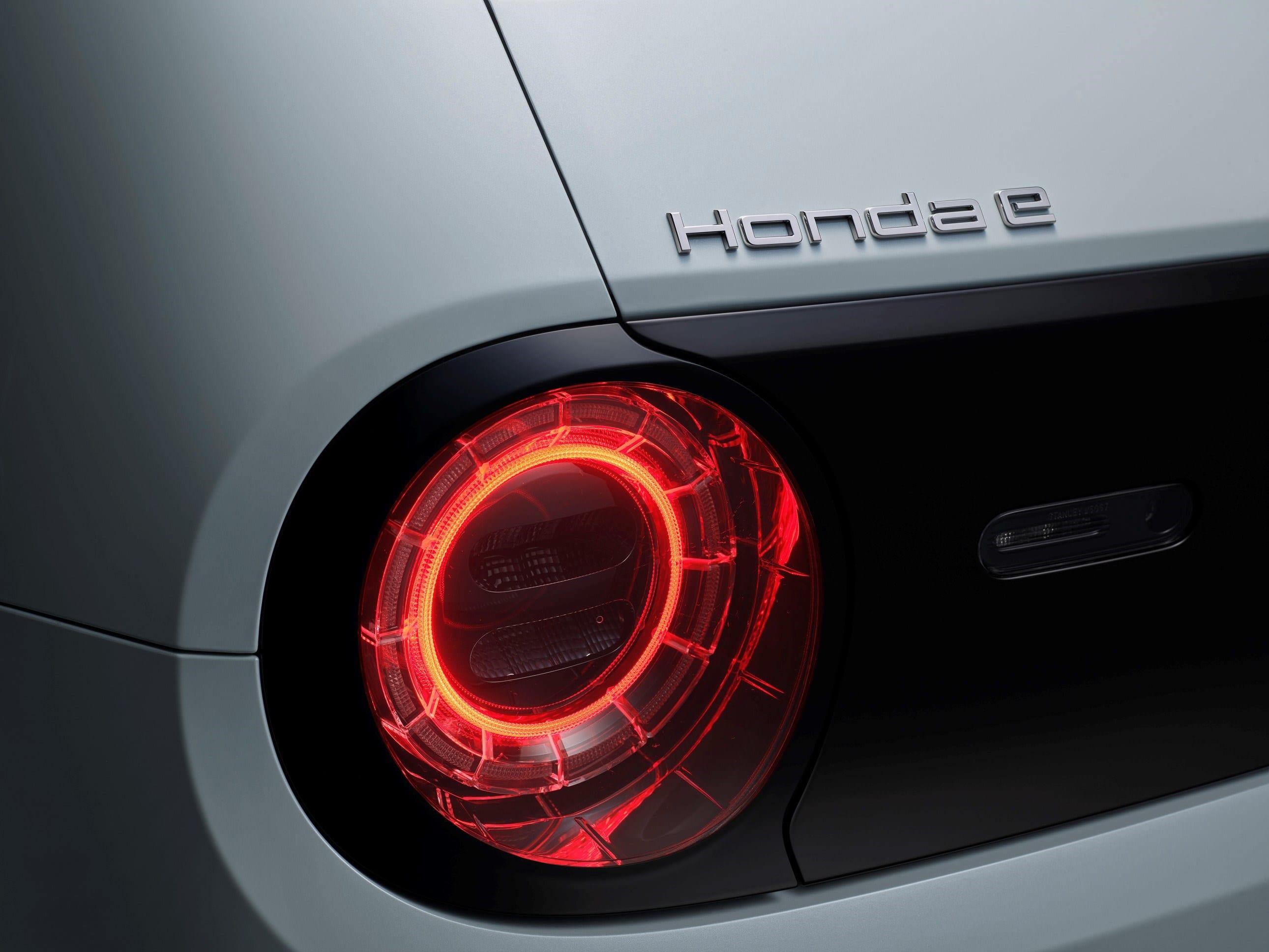 Plezierig om in te rijden, veilig en aantrekkelijk voor het oog. De Honda e is de belichaming van moderne waarden en hoe we vandaag de dag rijden... en in de toekomst.